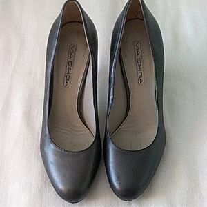 Via Spiga Gray Leather Platform Heels 7M